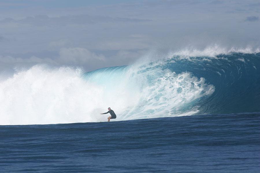 William-Finnegan-Cloud-Break-Fiji-2002-photo-credit-Scott-Winer