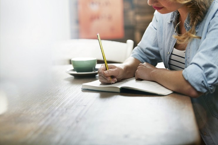 inspired-2013-10-young-woman-writing-main.jpg
