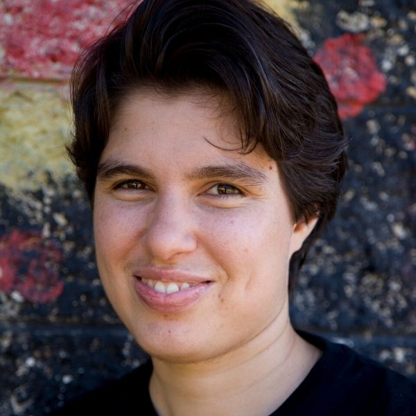 https://byronwritersfestival.com/wp-content/uploads/2020/07/Ellen-van-Neerven-website-headshot.jpg
